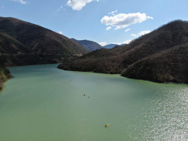 Packrafting nel Lago Ulza in scala e1616671597728