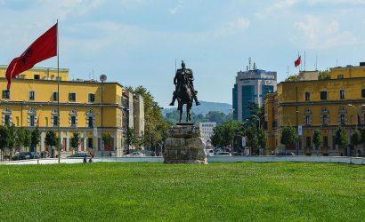 Scanderbeg Square, Tirana