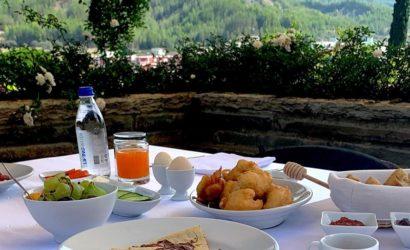 breakfast permet albania