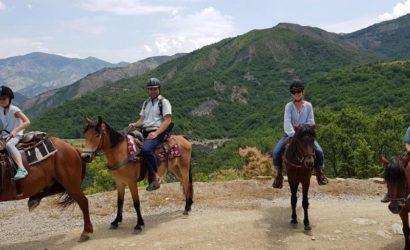 Ridning i södra Albanien